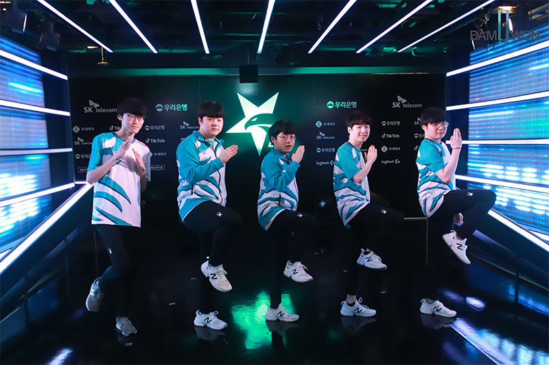 Team Damwon Gaming Player Jersey Short Sleeve T-shirt