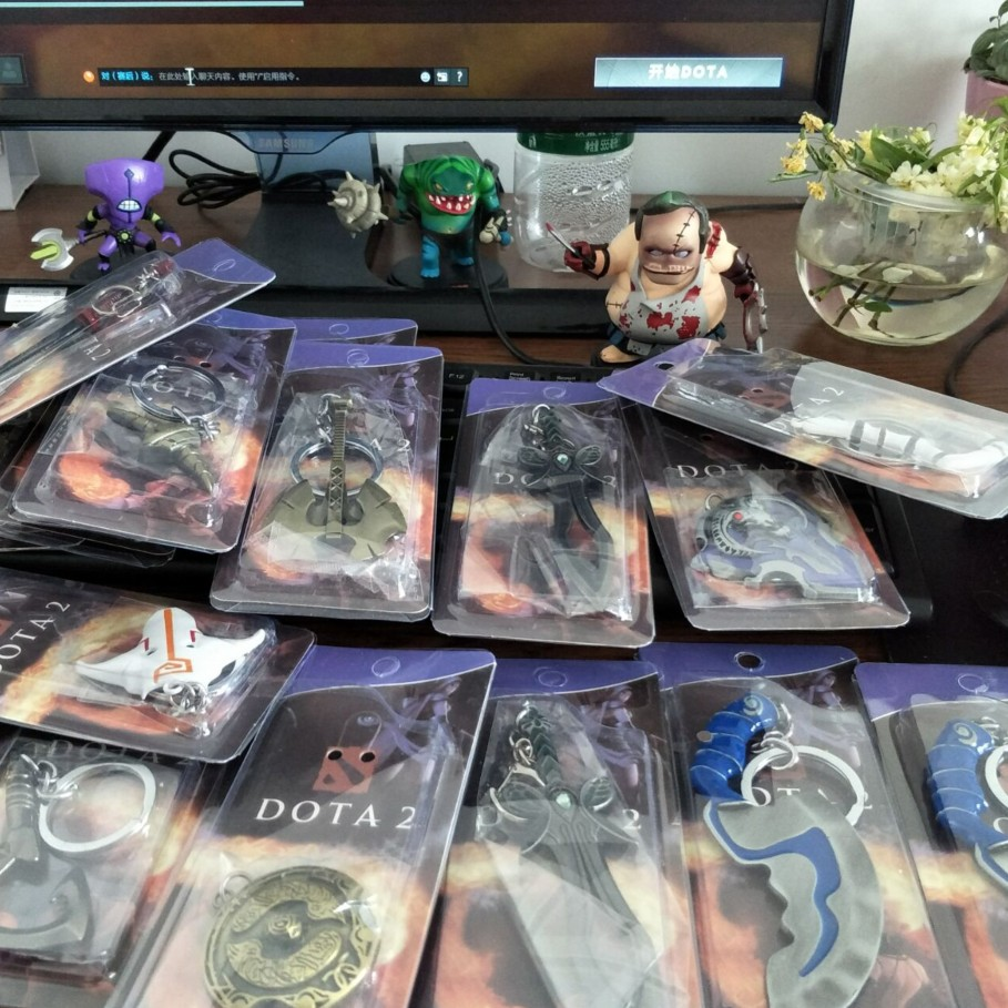 Dota 2 Weapon Key Chain Collectible Model Toy